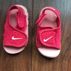 4ddfbb3af3527e Nike Shoes - Infant Girl s Sandals